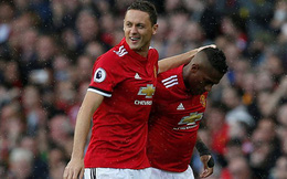 """""""Chân gỗ"""" lập siêu phẩm, Man United khiến đội bóng của Rooney ôm hận"""