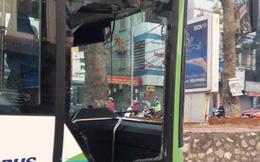 """Tài xế buýt nhanh bị đâm vỡ kính: """"Tôi chỉ kịp nhìn lái xe là một phụ nữ"""""""