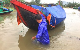 Hà Tĩnh: Di dời hơn 1000 dân trước giờ bão Talas vào đất liền