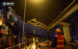 [TRỰC TIẾP] Người dân đội mưa xem cẩu tàu lên ray đường sắt trên cao Cát Linh - Hà Đông