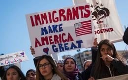 Nhiều luật sư đang làm việc khẩn trương giúp Trump ra sắc lệnh cấm nhập cư mới