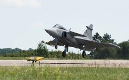 """Trung Quốc lo JAS 39E """"đè bẹp"""" JF-17 trên thị trường vũ khí"""