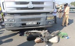 TP HCM: Người phụ nữ tử vong dưới bánh xe container