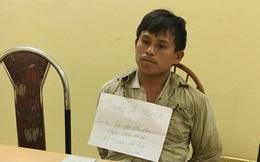Người đàn ông Lào mang 10 bánh heroin đến cổng nhà máy xi măng