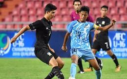 """Sau trận thua khó ngờ, đội bóng vô danh lại """"tối tăm mặt mũi"""" trước Thái Lan"""