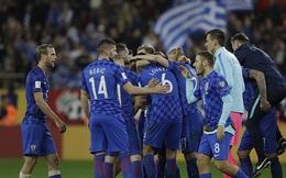 """""""Bất lực"""" trên sân nhà, cựu vô địch Euro chính thức mất vé dự World Cup"""
