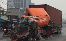 """Hình ảnh chiếc xe gặp tai nạn khiến dân mạng """"đau đầu"""" tìm nguyên nhân"""