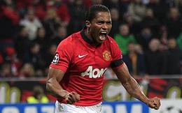 """Valencia và cú đá cách 1 mét khiến người hâm mộ Quỷ đỏ """"chết sững"""""""