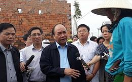 Thủ tướng thăm vùng tâm bão số 12 tại Khánh Hòa