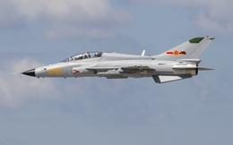 Chiếc máy bay huấn luyện siêu âm phát triển từ MiG-21 của Trung Quốc có gì đặc biệt?