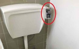 """Cố tình lắp đặt nhà vệ sinh theo kiểu này, chủ nhà trọ đã khiến người thuê nhà """"méo mặt"""""""