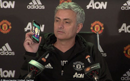 Mourinho làm cả căn phòng bật cười vì người phụ nữ bí hiểm
