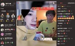 Cảnh báo: Cô bé 13 tuổi lấy hết tiền tiết kiệm của bố mẹ mua quà tặng bạn qua livestream