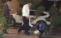 4 người đàn ông lóng ngóng bên chiếc bánh gato: Khoảnh khắc khiến nhiều người cay mắt