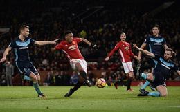 Khoe tài điều binh, Mourinho hoảng vía ngay trên Old Trafford