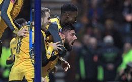 """""""Trùm cuối"""" ra tay, Arsenal nhọc nhằn vượt qua đối thủ """"tí hon"""""""