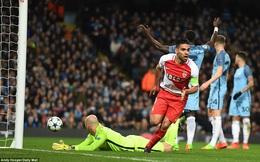 """Man United và Chelsea đã bị lừa, Falcao """"xịn"""" vốn chưa từng chơi Premier League"""