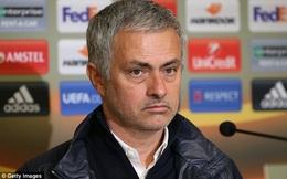 """Mourinho bần thần xác nhận mất  """"ảo thuật gia"""" đến hết mùa giải"""