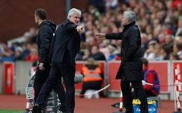"""Mourinho cáu kỉnh, mỉa mai HLV đối phương """"ngu ngốc"""" sau trận hòa thất vọng"""