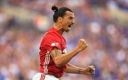 """Điều khoản vô lí"" đưa Ibrahimovic vào lịch sử Premier League"