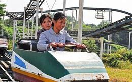 Người Triều Tiên chơi gì trong những công viên hoen gỉ?
