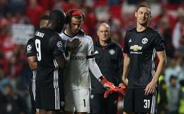 """Matic xác nhận kế hoạch """"thâm hiểm"""" khiến thủ môn 18 tuổi mắc sai lầm khó tin của Mourinho"""