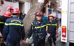 Hình ảnh mới nhất ở hiện trường vụ cháy 2 ngôi nhà trên phố Bát Đàn