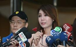 Diễn viên Việt khóc thừa nhận nói dối tại họp báo ở Đài Loan