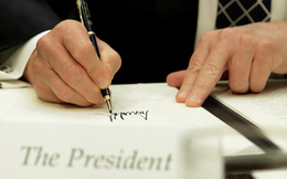 Ông Trump ký sắc lệnh cho phép Mỹ trừng phạt các thực thể giao thương với Triều Tiên