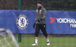Diego Costa lủi thủi tập luyện một mình sau tin đồn rời Chelsea
