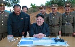 """Lãnh đạo Kim Jong-un thử bom H để chứng minh mình vượt qua """"cái bóng"""" của cha và ông nội?"""