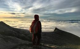 Hành trình chinh phục ngọn núi cao nhất Malaysia của cô gái Việt