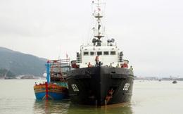 Cứu nạn thành công tàu cá cùng 10 ngư dân bị trôi dạt