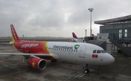 Mưa lớn khiến hàng loạt chuyến bay không thể hạ cánh ở Nội Bài