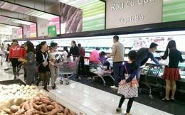 Siêu thị, trung tâm thương mại đông đúc trong ngày mùng 3 Tết