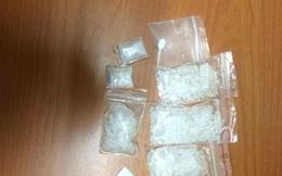 """Rủ nhau đi mua ma túy đá về """"chơi"""" bị 141 phát hiện"""
