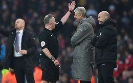 """""""Danh sách đen"""" vòng 25 Premier League: Cơn đau đầu của Wenger"""