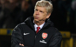 Arsenal không đá Champions League, nhưng tại sao Wenger vẫn đứng ngồi không yên?