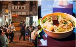"""Cảnh bình dị trong con ngõ """"hợp tác xã"""" ẩm thực đông đúc trên phố Bạch Mai của Hà Nội một ngày tháng Chạp"""