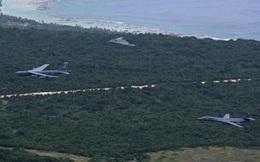 B-52 rụng động cơ và thừa nhận của Mỹ