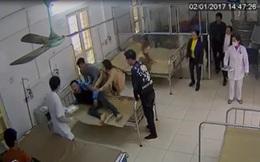 """Vụ bệnh nhân """"tung cước"""" đạp bác sỹ, GĐ bệnh viện: """"Tôi rất phẫn nộ. Đó là hành vi thiếu văn hoá"""""""