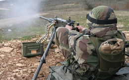 """""""Đã mắt, sướng tai"""" khi xem súng máy hạng nặng Browning M2 nhả đạn"""