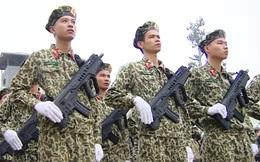 Ấn tượng quân sự Việt Nam tuần qua: Vũ khí mới trang bị cho Bộ đội Đặc công