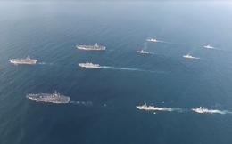 Cận cảnh lần đầu tiên 3 tàu sân bay Mỹ rầm rập tập trận sát Triều Tiên
