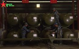 Ấn tượng quân sự Việt Nam tuần qua: Số lượng lớn đạn tên lửa phòng không đang được dự trữ