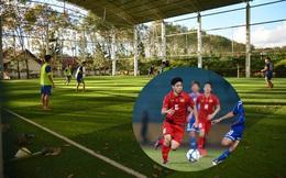 Mặt sân đặc biệt vô tình thành lợi thế cho Công Phượng và các cầu thủ HAGL