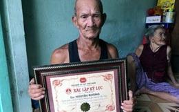 Tổ chức kỷ lục VN lên tiếng việc trao kỷ lục cho cụ ông 82 tuổi gánh nước thuê lâu nhất
