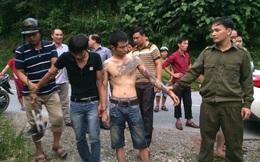 Chủ quán cơm đuổi theo bắt 2 tên cướp xe taxi chạy qua nhà