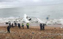 Máy bay vừa cất cánh đã đâm xuống biển ở Bờ Biển Ngà, ít nhất 4 người thiệt mạng