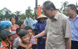 Chủ tịch nước Trần Đại Quang vào thăm người dân vùng rốn lũ Đà Nẵng